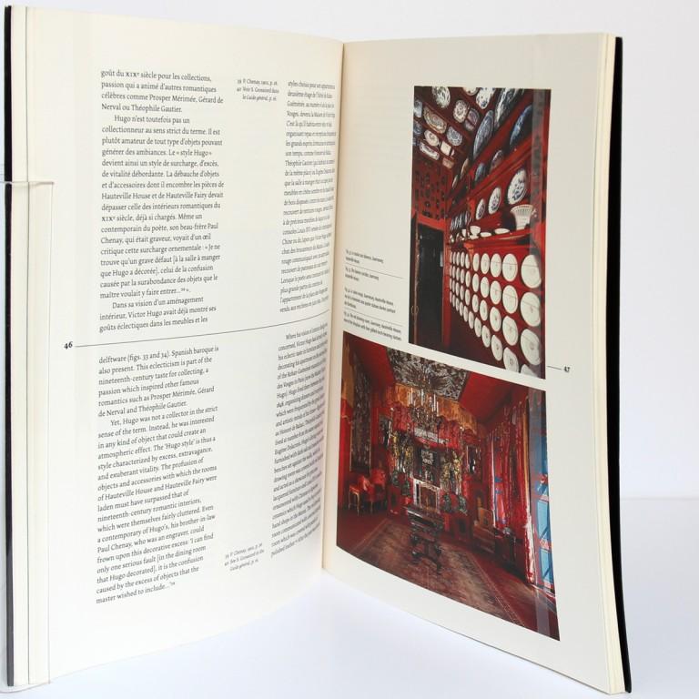 Victor Hugo, visions d'intérieurs : du meuble au décor. Paris musées 2003. Pages intérieures 1.