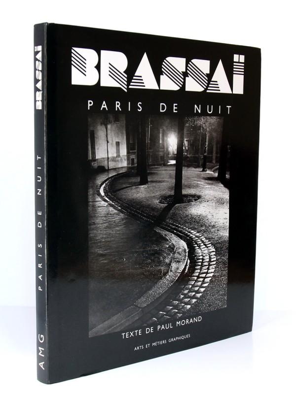 Paris de nuit, Brassaï. Texte de Paul Morand. Arts et Métiers Graphiques, 1990. Jaquette sur reliure.
