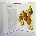 Atlas des fruits de la terre, Bianchini, Corbetta. Fernand Nathan, 1974. Pages intérieures 1.