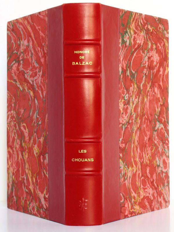 Les Chouans. Balzac. Club bibliophile de France 1954. Reliure : dos et plats.