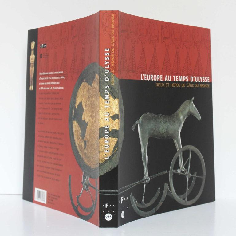 L'Europe au temps d'Ulysse. Réunion des Musées Nationaux, 1999. Couverture : dos et plats.
