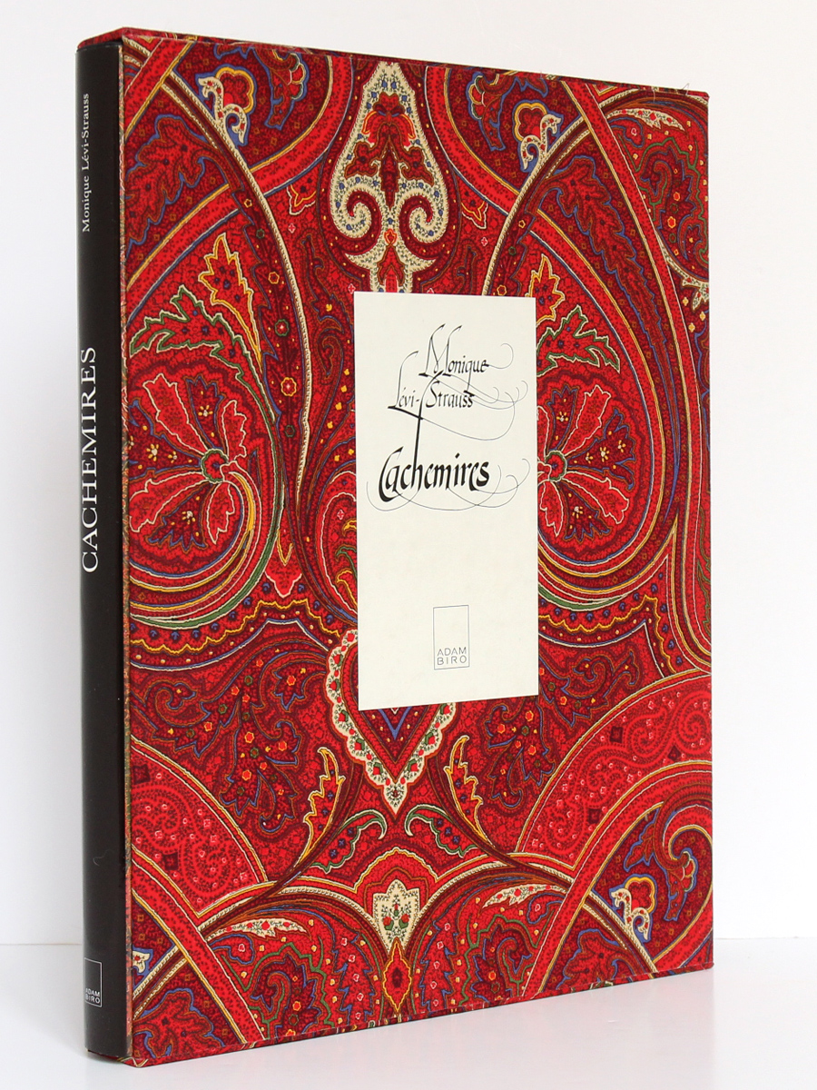 Cachemires L'art et l'histoire des châles en France au XIXe siècle. Monique LÉVI-STRAUSS. Adam Biro, 1987. Livre dans son emboîtage.