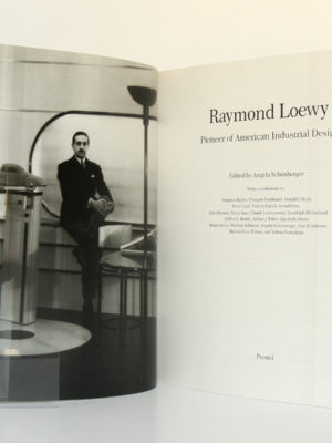 Raymond Loewy Pioneer of American Industrial Design. Prestel 1990. Frontispice et page titre.