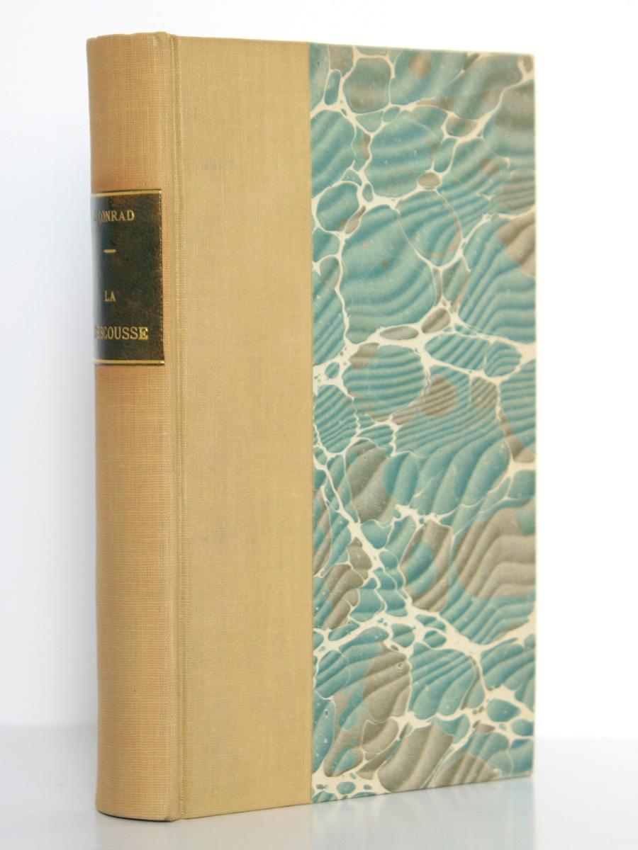 """La Rescousse, Joseph Conrad. nrf-Gallimard 1936, collection """"Du monde entier"""". Couverture."""