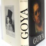Goya, Pierre GASSIER et Juliet WILSON. Office du Livre – Éditions Vilo, 1970. Jaquette.