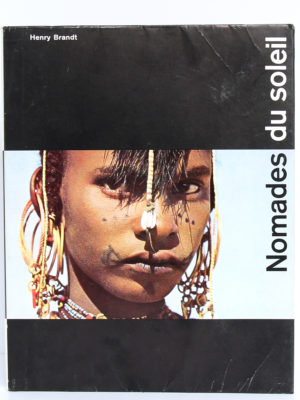 Nomades du Soleil, Henry Brandt. La Guilde du Livre, 1956. Couverture.