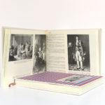 Almanach de la Révolution française et du Premier Empire, Jean Massin. Encyclopaedia Universalis, 1988. 2 volumes sous étui. Volume 2 : pages intérieures.
