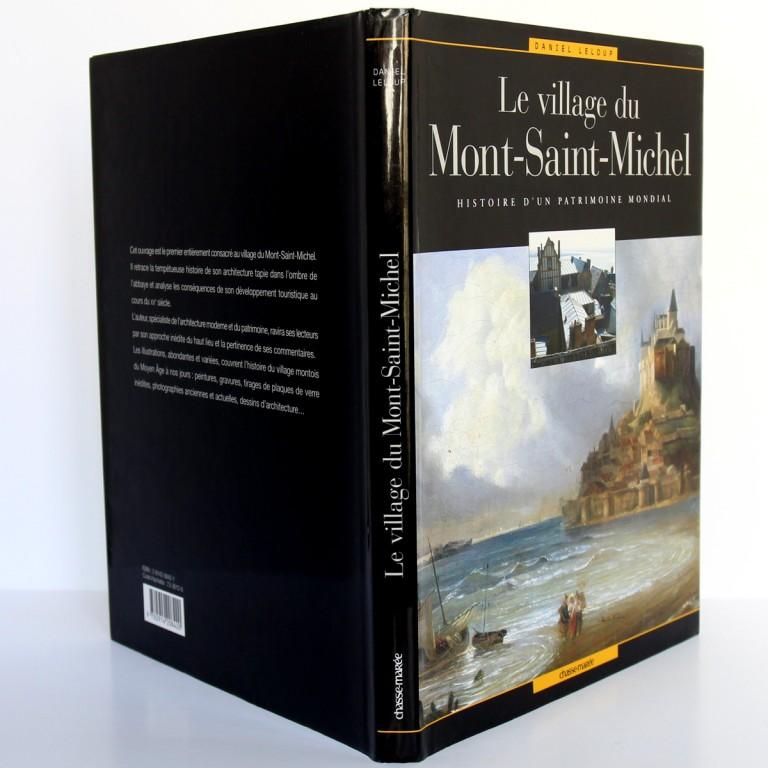 Le village du Mont-Saint-Michel, Daniel Leloup. Chasse-Marée 2004. Jaquette, plats et dos.