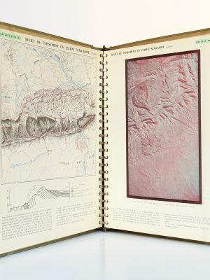 Atlas des formes du relief. Institut Géographique National 1956. Pages intérieures 1.