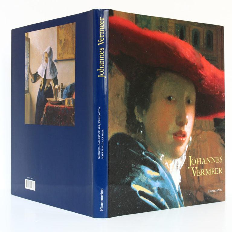 Johannes Vermeer, sous la direction de Arthur K. WHEELOCK Jr. Expositions La Haye et Washington 1995 et 1996. Jaquette : dos et plats.