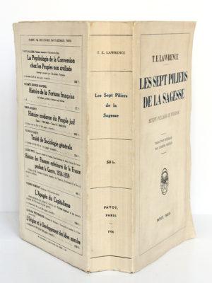 Les sept piliers de la sagesse, T. E. LAWRENCE. Payot, 1936. Broché. Couverture et dos.