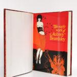 The Early Work of Aubrey Beardsley, Dover Publication Inc. sans date [1967 ou après]. Première couverture conservée.