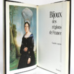 Bijoux des régions de France, Claudette JOANNIS. Flammarion, 1992. Frontispice et page titre.