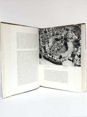 Plans en relief des villes belges. Pro Civitate, 1965. Pages intérieures 1.