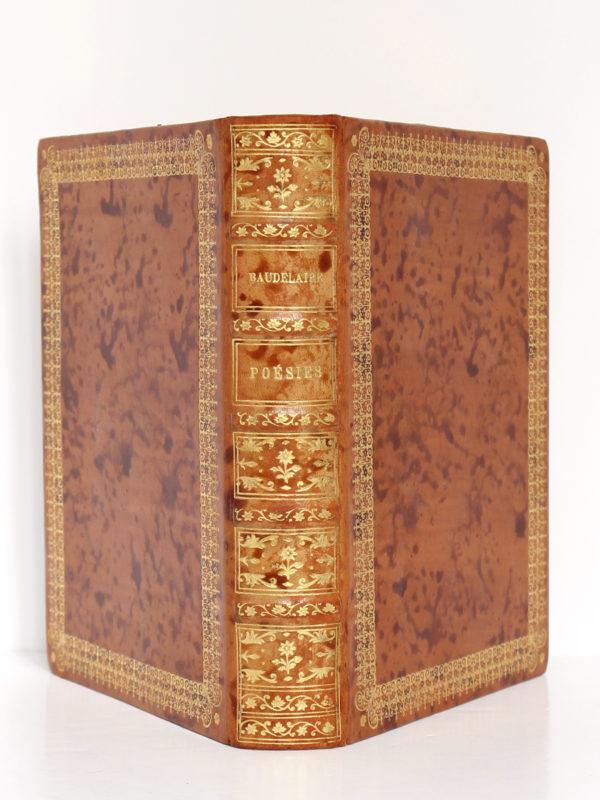 Poésies de Baudelaire. Le livre français H. Piazza éditeur, 1926. Reliure : dos et plats.