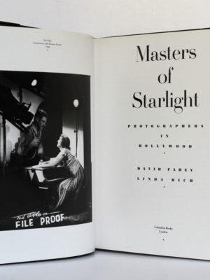 Masters of Starlight Photographers in Hollywood, David Fahey, Linda Rich. Columbus Books, 1988. Frontispice et page-titre.
