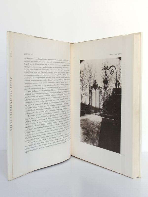 Paris du temps perdu, photographies d'Eugène Atget, textes de Marcel Proust. Edita, 1985. Pages intérieures.