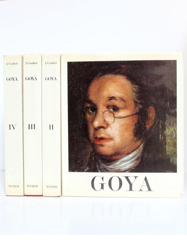 Goya Biographie, Analyse critique, Catalogue des peintures, par José GUDIOL. Couverture volume I et dos des volumes II, III et IV.