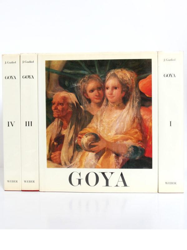 Goya Biographie, Analyse critique, Catalogue des peintures, par José GUDIOL. Couverture volume II et dos des volumes I, III et IV.