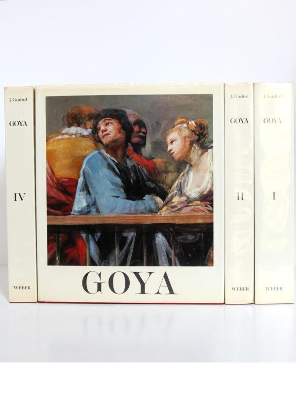Goya Biographie, Analyse critique, Catalogue des peintures, par José GUDIOL. Couverture volume III et dos des volumes I, II et IV.