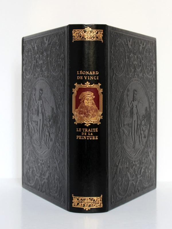 Le Traité de la peinture, Léonard de Vinci. Chez Jean de Bonnot, 1982. Reliure : dos et plats.