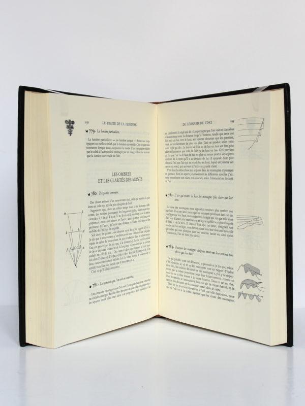 Le Traité de la peinture, Léonard de Vinci. Chez Jean de Bonnot, 1982. Pages intérieures 2.