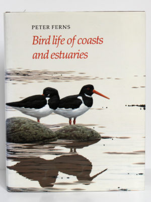Birds life of coasts and estuaries, Peter Ferns. Cambridge University Press, 1992. Couverture.