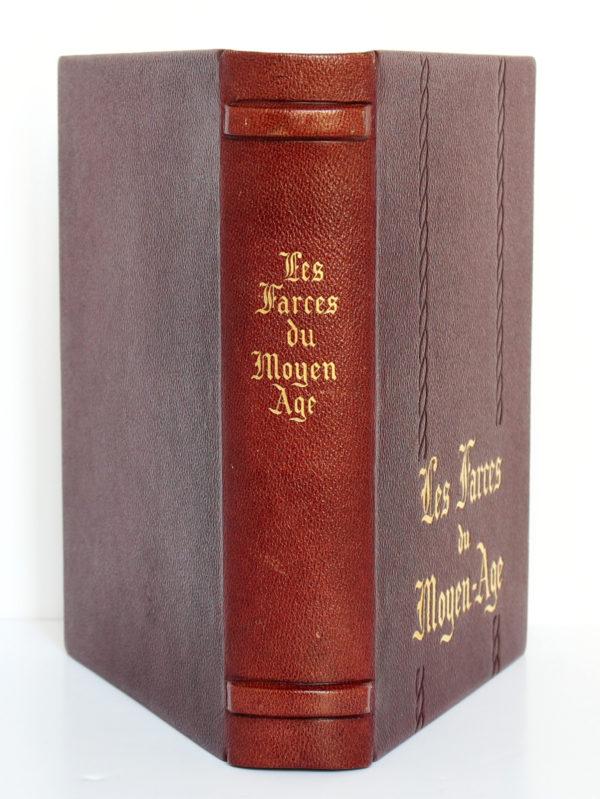 Les farces du Moyen-Âge. Union Latine d'Éditions, 1937. Reliure : dos et plats.