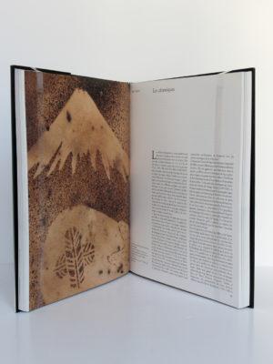 Beauté éternelle. L'art traditionnel japonais dans la collection Montgomery. Skira/Seuil, 2002. Pages intérieures 1.