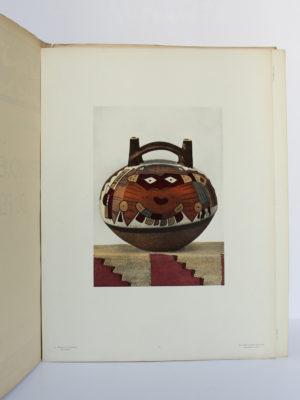 La céramique ancienne du Pérou. Le littoral. R. & M. d'Harcourt. Éditions Albert Morancé, 1924. Planche en couleurs.