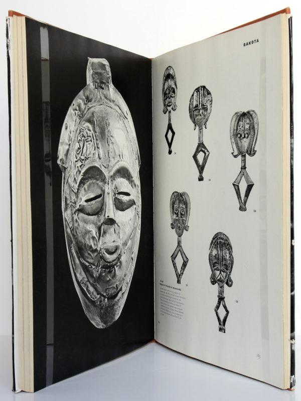 La sculpture africaine de Eliot Elisofon. Fernand Hazan éditeur, 1958. Pages intérieures 2.