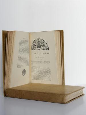 Mémoires de Benvenuto Cellini Orfèvre et sculpteur florentin. Société Littéraire de France, 1919. Pages intérieures du tome 1 et tome 2.