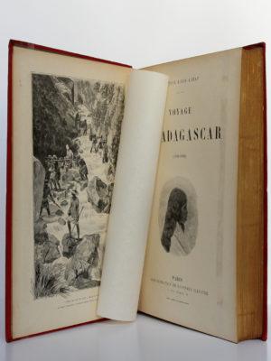 Voyage à Madagascar, Docteur Louis Catat. Administration de l'Univers illustré, sans date [1905]. Frontispice et page titre.